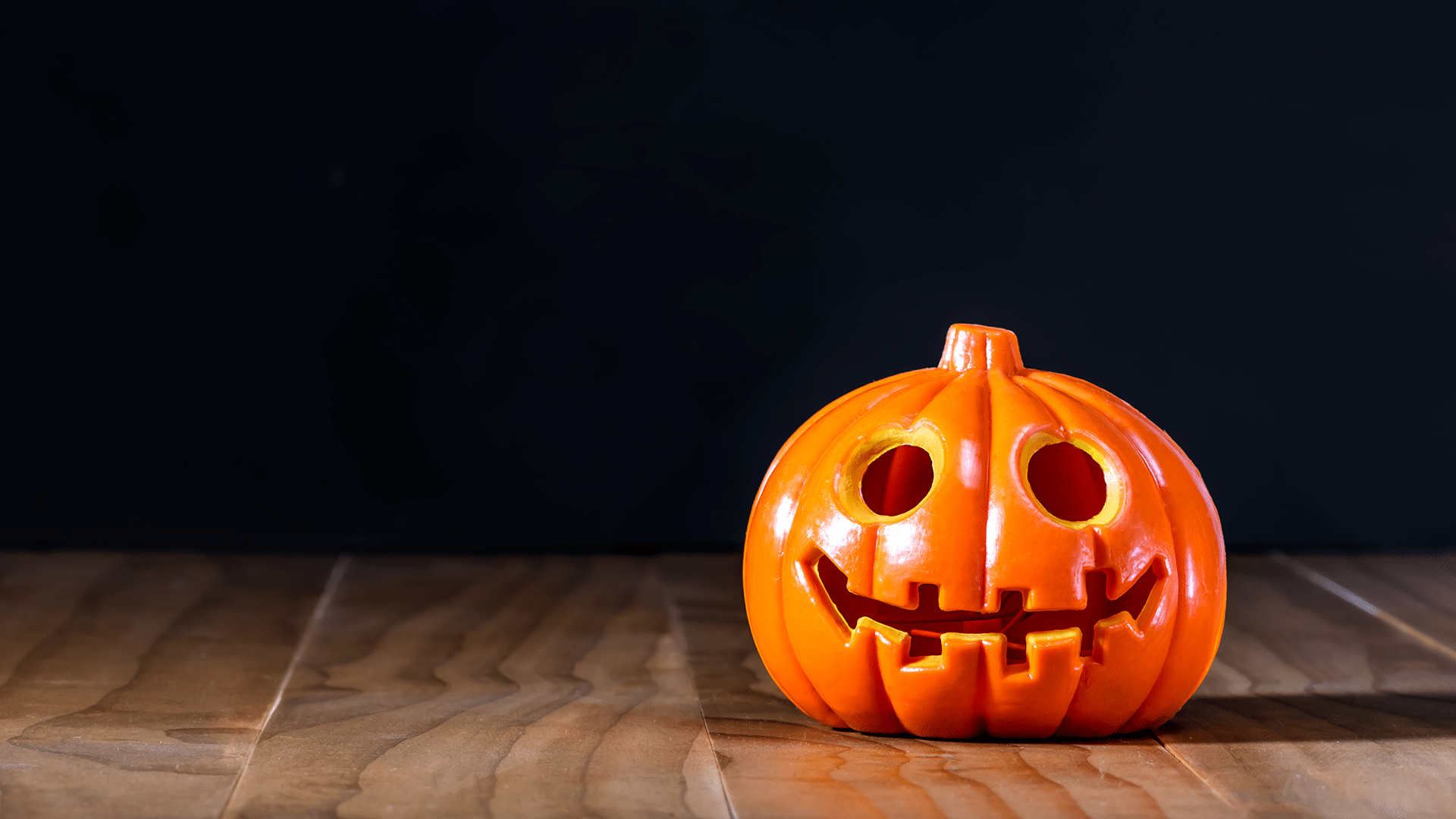 fall into the halloween spirit | city of north liberty
